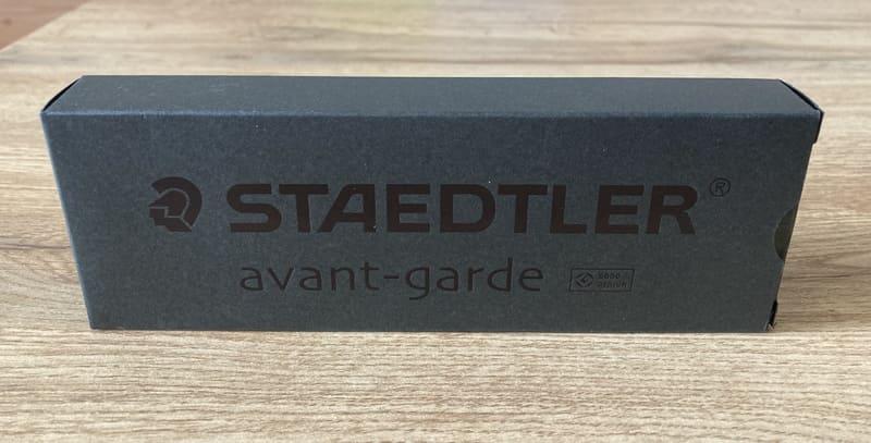 【レビュー】製図用品ブランド「ステッドラー」の多機能ペン「アバンギャルド」